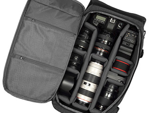 【楽天市場】Incase DSLR Pro Pack Camera Collection [カメラケース]CL58059_Black 774-000131-011-【新品】【smtb-TD】【yokohama】:Cliff Edge 2014-11-12 16-42-32